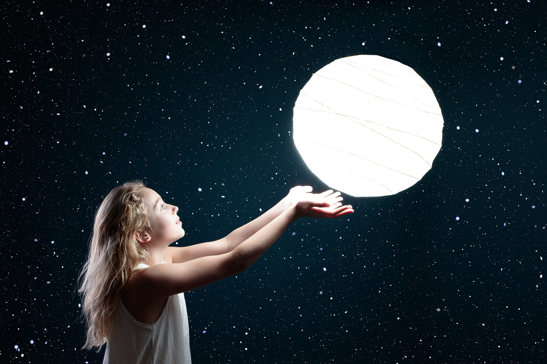 lunarna kniznica archiv uchovava kolektivne poznanie ludstva