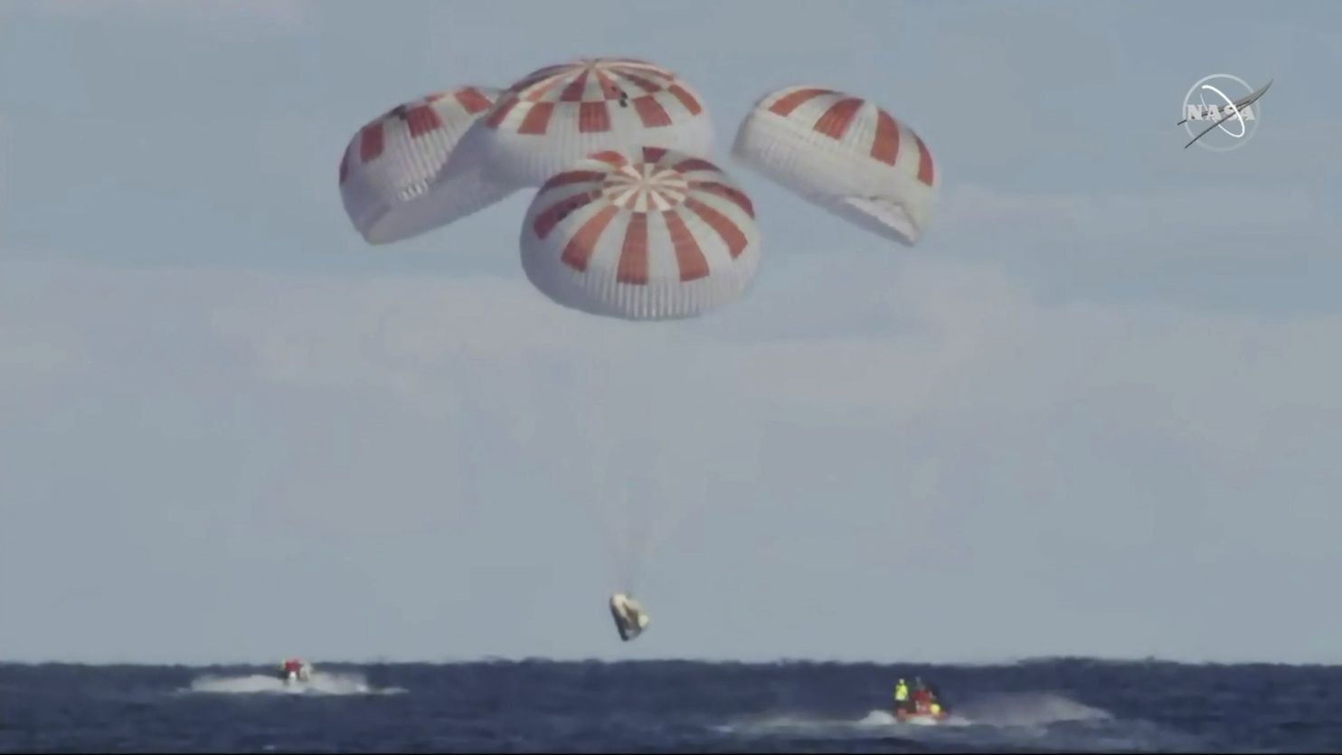 crew dragon spacex nasa pristala uspesne o krok blizsie vyslanie astronautov do vesmiru