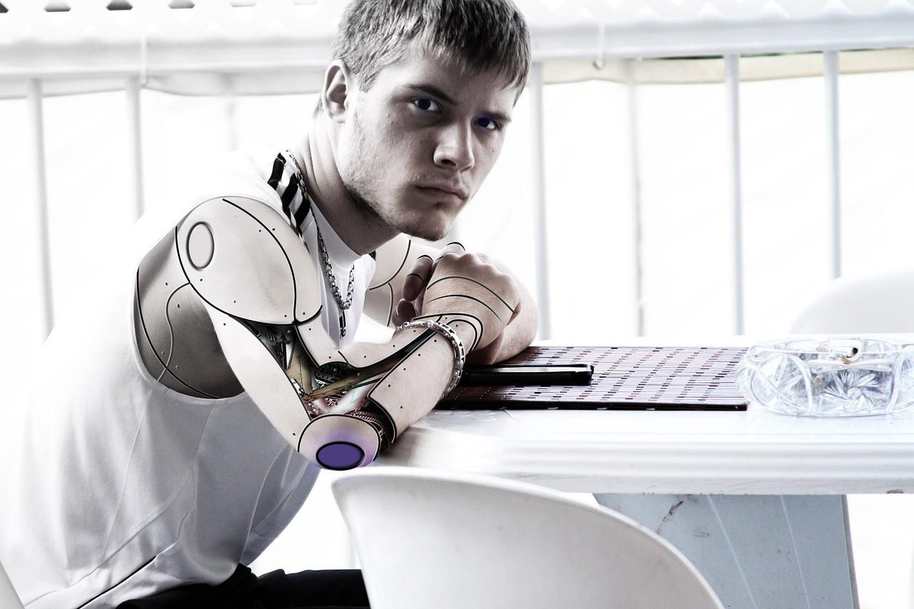 robot tit
