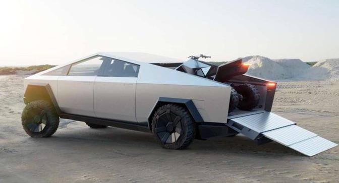 Tesla Cybertruck a Cyberquad