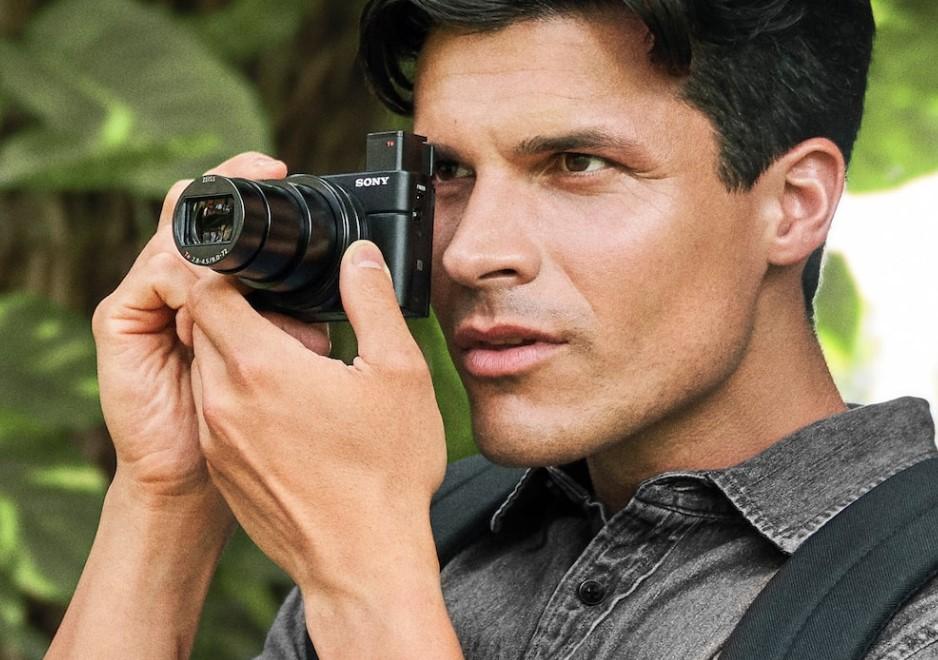kompaktny fotoaparat