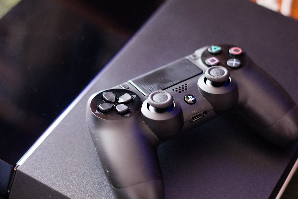 playstation 4 tit