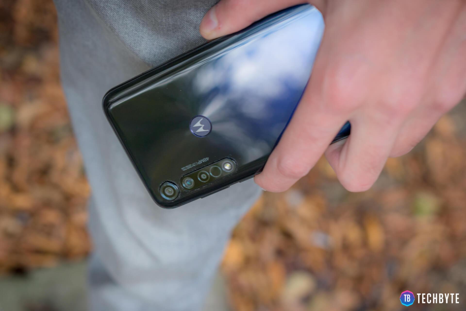 Motorola G8 Plus 7 1