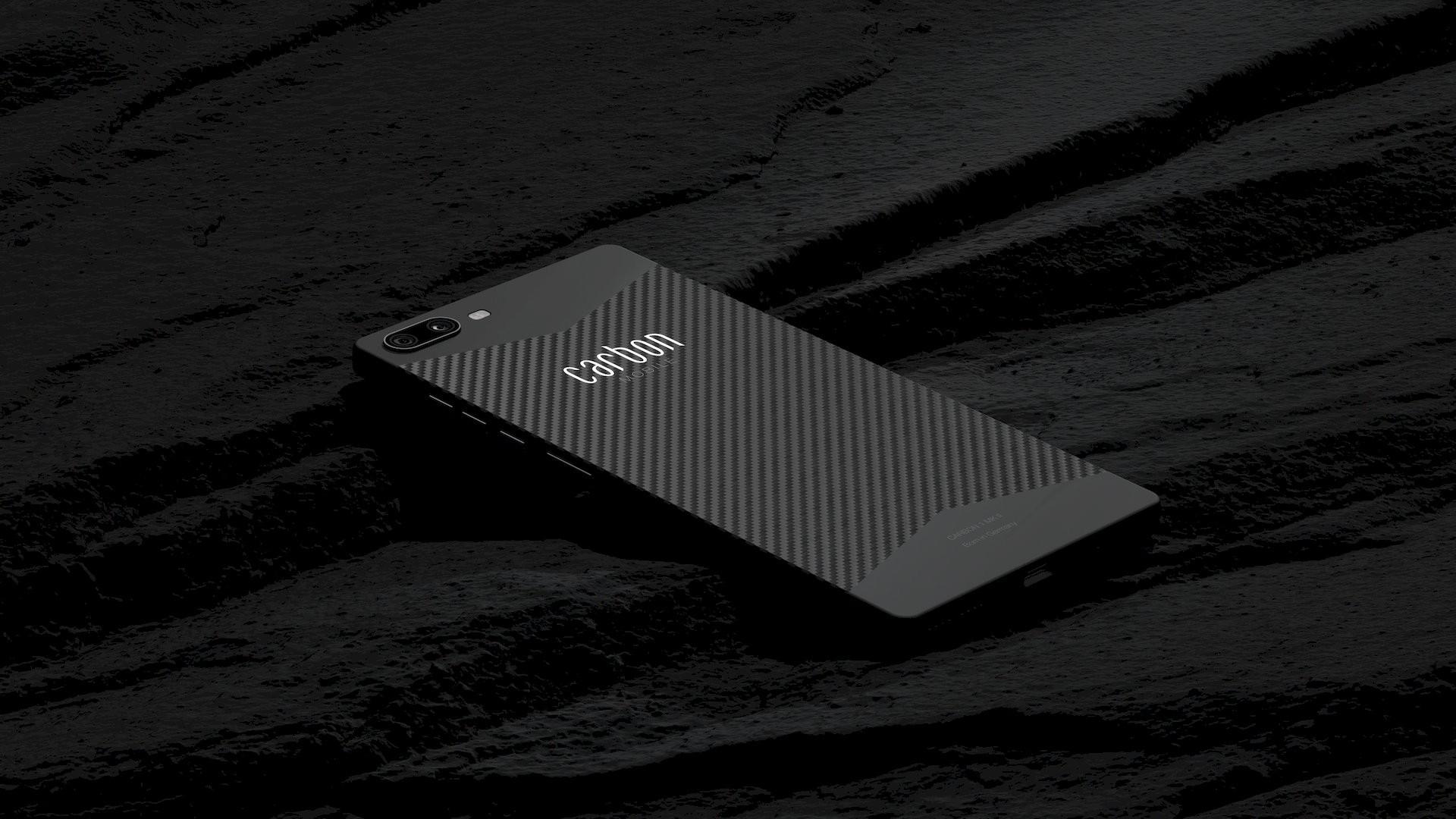 Carbon Mobile - najľahčí smartfón