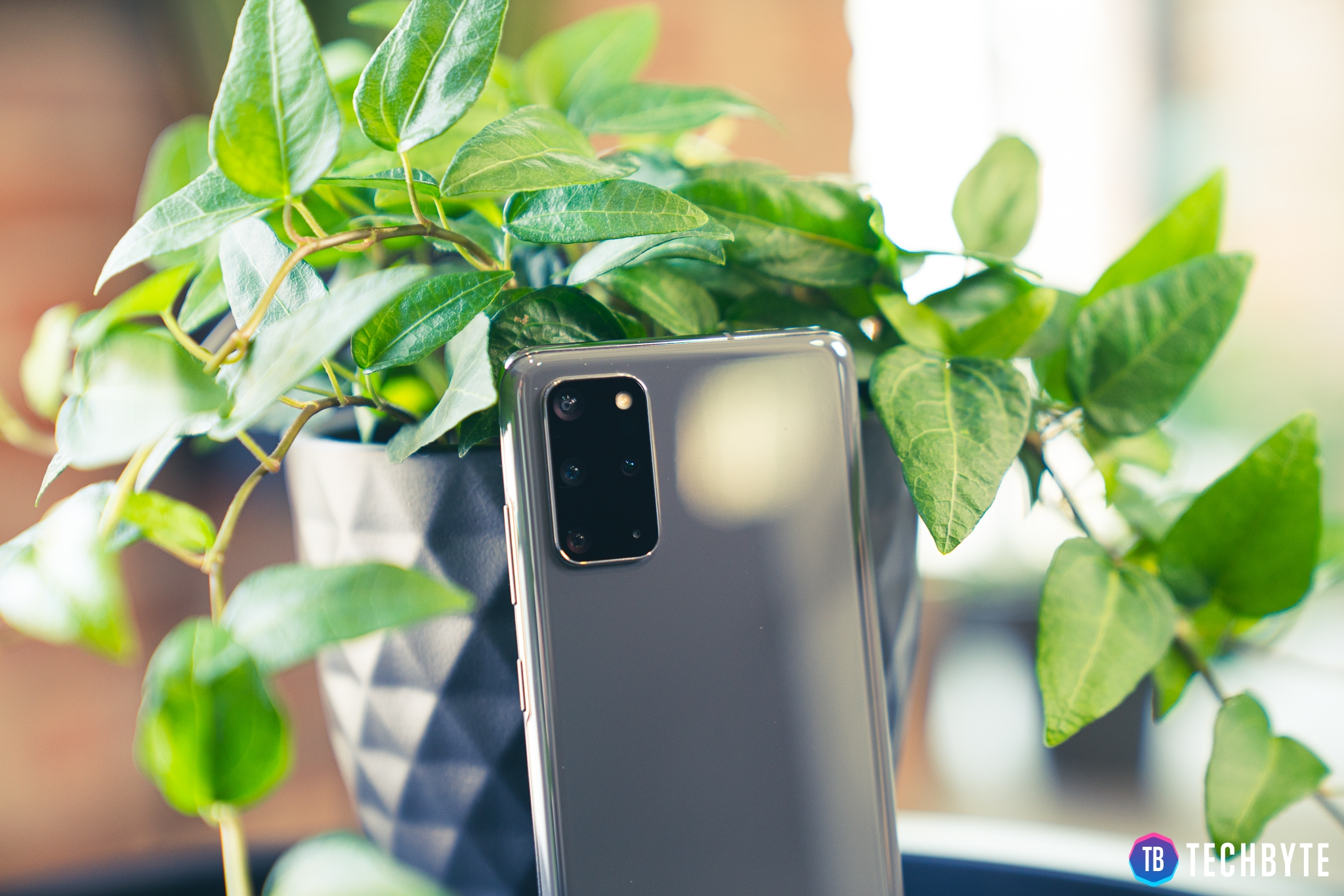 Samsung Galaxy S20+ - Trieda B