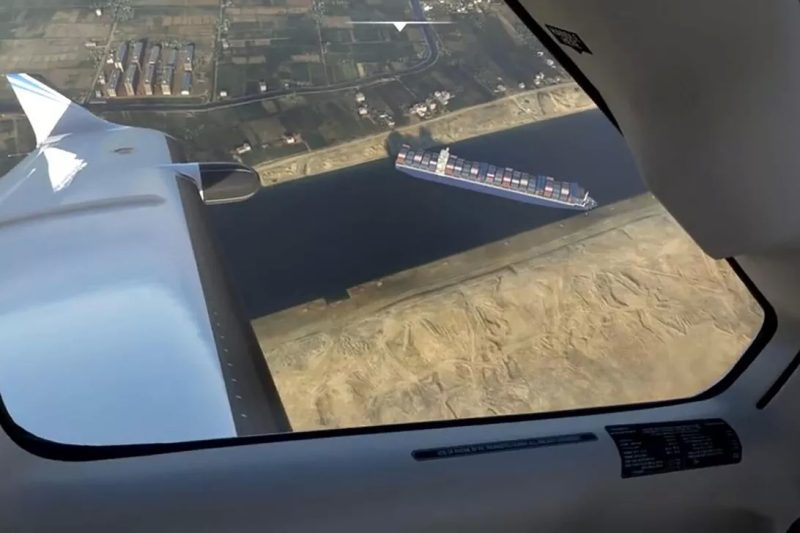 microsoft flight simulator suez traffic jam